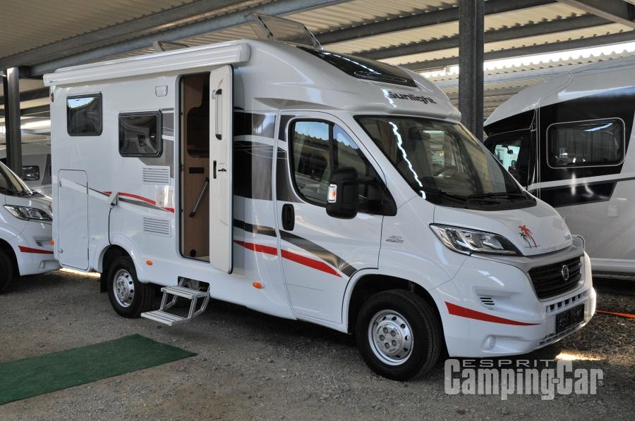 comparatif 8 profil s de moins de 6 m tres de long esprit camping car le mag 39. Black Bedroom Furniture Sets. Home Design Ideas